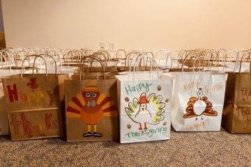 Thanksgiving-bags-Phonexa